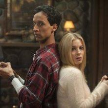 Community: Gillian Jacobs e Danny Pudi in una scena dell'episodio Horror Fiction in Seven Spooky Steps