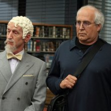 Community: Larry Cedar e Chevy Chase nell'episodio Advanced Gay