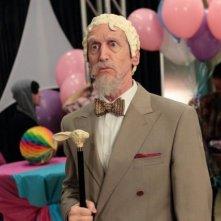Community: Larry Cedar nell'episodio Advanced Gay