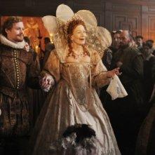 Anonymous: Vanessa Redgrave insieme a Edward Hogg e Sam Reid in una scena del film