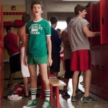 Glee: Damian McGinty si mette alla prova in una scena dell'episodio Pot O' Gold