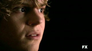 American Horror Story: Evan Peters nell'episodio Halloween - part 2 (stagione 1)