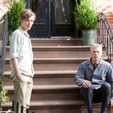 Un giorno questo dolore ti sarà utile: Toby Regbo insieme al patrigno Stephen Lang in una scena del film