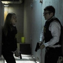 Fringe: Anna Torv e Seth Gabel nell'episodio Novation