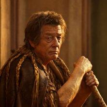 Immortals 3D: John Hurt nei panni di Zeus in una scena del film