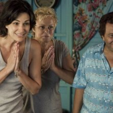 On ne choisit pas sa famille: Helena Noguerra, Muriel Robin, Christian Clavier in una scena