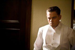 Leonardo DiCaprio in J.Edgar: una scena del film biografico di Eastwood
