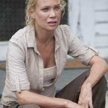 The Walking Dead: Laurie Holden in una scena dell'episodio Chupacabra
