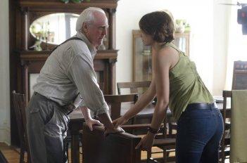 The Walking Dead: Scott Wilson e Lauren Cohan nell'episodio Chupacabra
