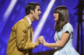 Glee: Lea Michele e Darren Criss in scena nell'episodio The First Time