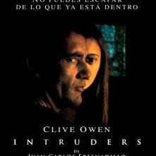 Intruders: la locandina spagnola del film