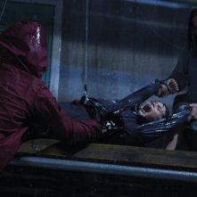 Pilar López de Ayala in una drammatica scena di Intruders insieme a Izán Corchero