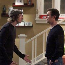 Parenthood: Dax Shepard e Peter Krause nell'episodio New Plan