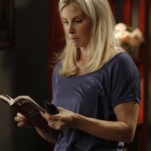 Parenthood: Monica Potter nell'episodio Date Night