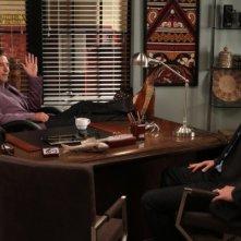 Parenthood: William Baldwin e Peter Krause nell'episodio I Hear You, I See You