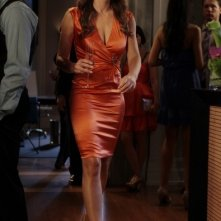 Gossip Girl: Elizabeth Hurley in una scena dell'episodio I Am Number Nine
