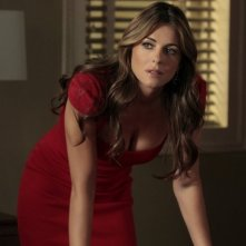 Gossip Girl: Elizabeth Hurley nell'episodio Memoirs of an Invisible Dan