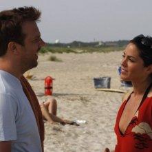 Jason Sudeikis e Michelle Borth in una scena di A good old fashioned orgy
