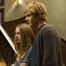 American Horror Story: Taissa Farmiga ed Evan Peters nell'episodio Open House