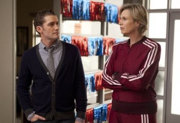 Glee: Matthew Morrison e Jane Lynch in una scena dell'episodio Mash Off