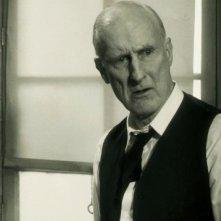 James Cromwell in una scena di The Artist