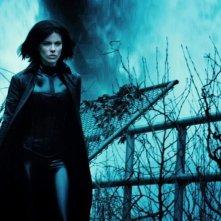 Kate Beckinsale in una bella immagine del thriller fantascientifico Underworld: Il risveglio