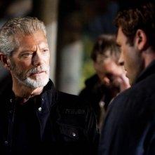 Terra Nova: Jason O'Mara e Stephen Lang nell'episodio Vs.