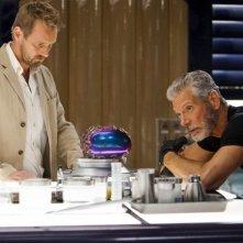 Terra Nova: Rod Hallet e Stephen Lang nell'episodio Nightfall