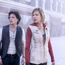 Adelaide Clemens insieme a Kit Harington in Silent Hill: Revelation 3D