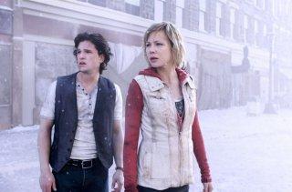 Adelaide Clemens insieme a Kit Harington in Silent Hill: Revelation 3D