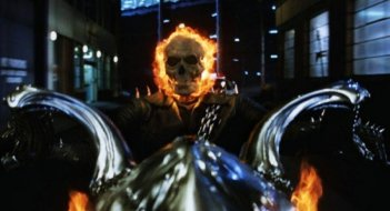 Ghost Rider: Spirit of Vengeance, una scena del film