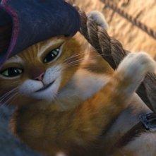 Il gatto con gli stivali, il nostro eroe si arrampica con una corda in una scena del film