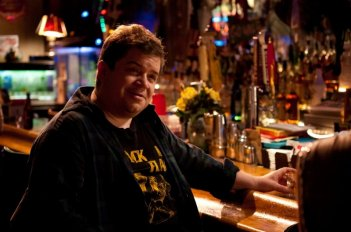 Patton Oswalt in una scena di Young Adult