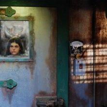 Alexandra Daddario chiusa in una cella frigorifera nell'horror Bereavement