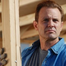 Michael Biehn in una scena dell'horror Bereavement