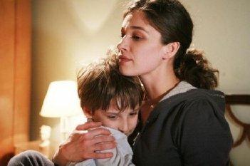Sarò Sempre tuo padre: Dario Fiorica ed Ana Caterina Morariu in una scena della fiction