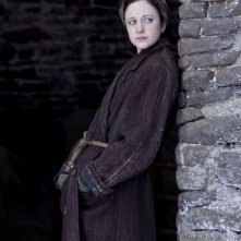 Andrea Riseborough nel film Resistance