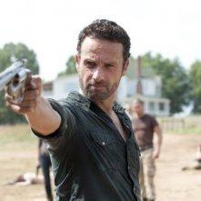 The Walking Dead: Andrew Lincoln in una scena dell'episodio Muore la speranza