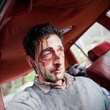 Adrien Brody protagonista del thriller claustrofobico Wrecked