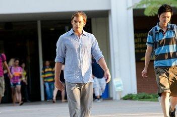 Dexter: Michael C. Hall nell'episodio Get Gellar