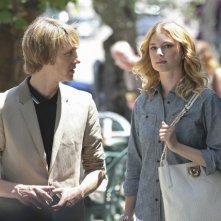 Revenge: Gabriel Mann ed Emily VanCamp nell'episodio Trust