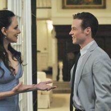 Revenge: Madeleine Stowe ed Ashton Holmes nell'episodio Betrayal