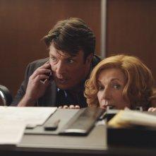 Castle: Nathan Fillion e Susan Sullivan nell'episodio Cops & Robbers