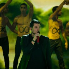 X-Factor 5: Claudio Cera si esibisce con If I ever feel better nella terza puntata