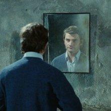 Pascal Cervo allo specchio in Dernière séance