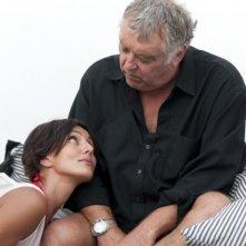 Ambra Angiolini e Maurizio Mattioli in una scena di Immaturi - Il viaggio