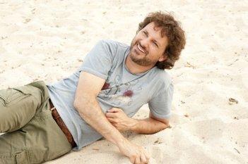 Leonardo Pieraccioni si rilassa sul set di Finalmente la felicità