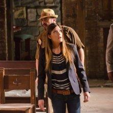 David Zayas, Jennifer Carpenter e Billy Brown in una scena dell'episodio Ricochet Rabbit