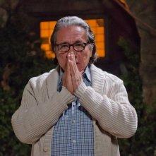 Edward James Olmos in una scena dell'episodio Ricochet Rabbit