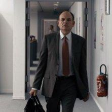 Jean-Pierre Darroussin in una scena tratta dal film De bon matin